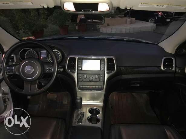 Koummit Lnadafé wel jamel 4*4 Grand Cherokee 2011 just arrived حازمية -  3