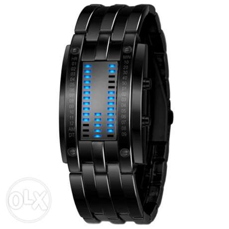 Digital watch 20$ Stainless steel Delivery 4$ Tel 81/76 45 86