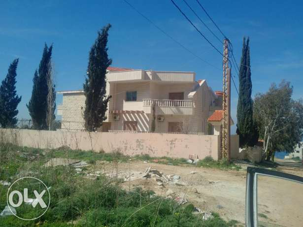 Villa with 2 separate apartments for rent
