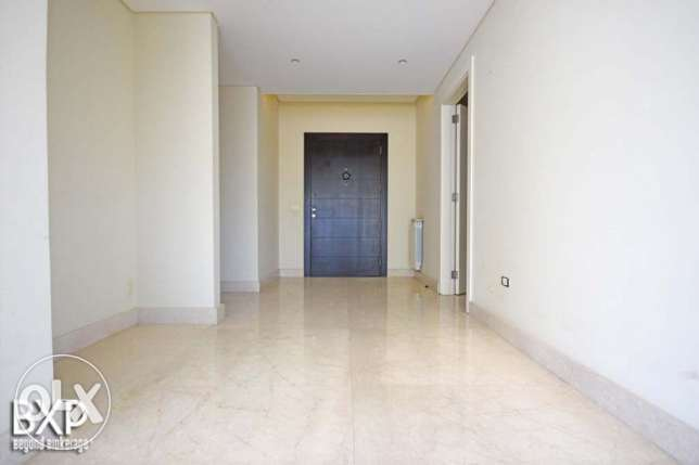 270 SQM Apartment for Rent in Beirut, Verdun AP5641