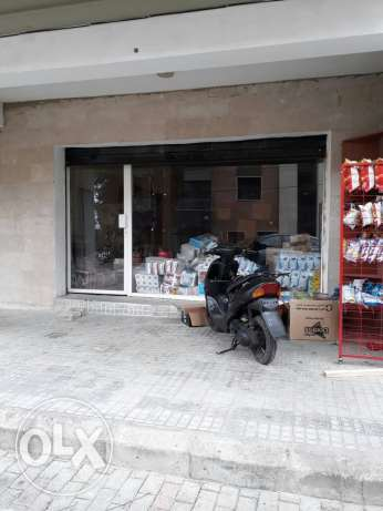2 diferent shops in ballouneh for rent.centre ajram.near one to other
