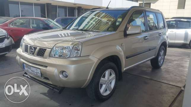 Nissan X-Trail 2006 مصدر الشركه فول اوبشن one owner 4WD super Clean