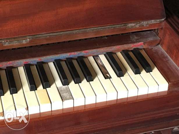 vintage piano uk made in united king dom بنانو صناعة بريطاني قديم 120 كيفون -  8
