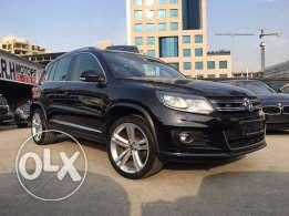 VW Tiguan R Line 2013 Black/Black Fully Loaded in Amazing Condition!