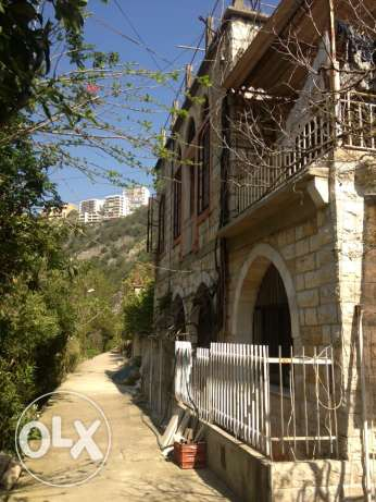 a 140 years house for sale at naher el kalb ذوق مصبح -  4