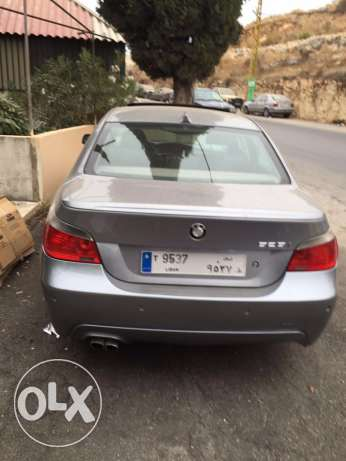 Bmw 520i model 2004 look M5 big screen and leather seats انطلياس -  3