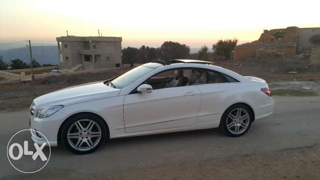 Mercedes e 350 coupe 2010 ajnabiyi amg line color pearl white loulou أشرفية -  7