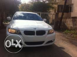 BMW 328i 4doors mod:2010 Premium Package, White with Black Leather