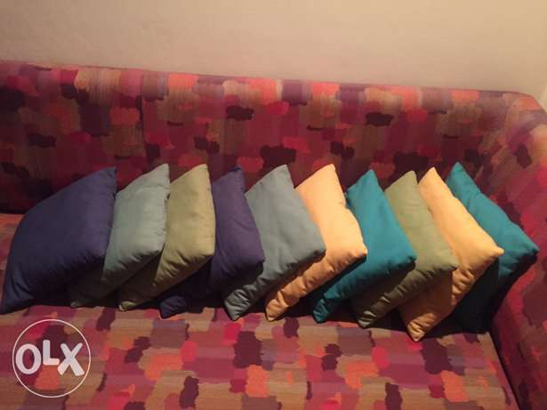 10 coussins frm Sleep Confort جديدة -  1