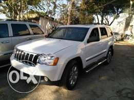 jeep grand chirockee 2008 _8 cylinder 4'7 clean carfax