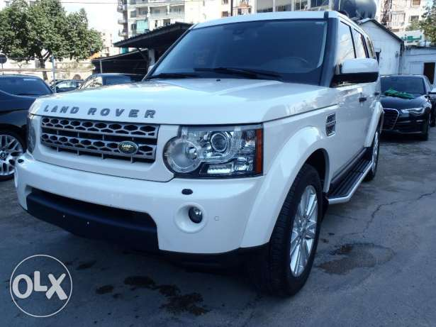 land rover LR4 HSE V8 2010 , fully loaded , clean carfax