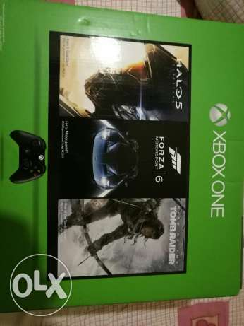 Xbox One package for sale (NEW/SEALED) هلالية -  2