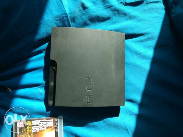 Ps3 super ndeefe for sale + 5 games + cables and controller