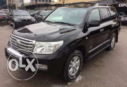 2008 Land Cruiser V8 Excellent condition Fully loaded !
