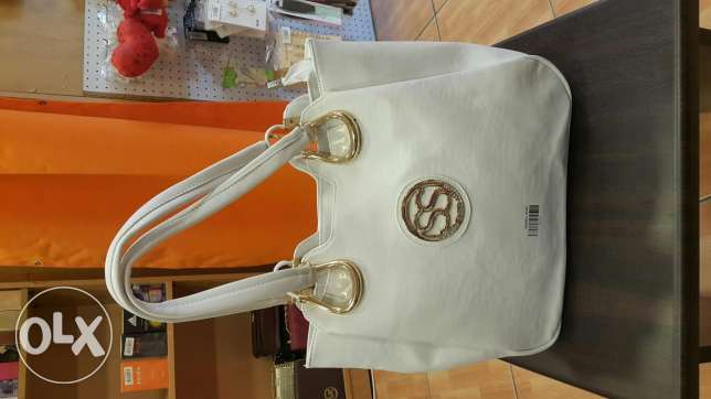 Sale ! Handbags only at 20$