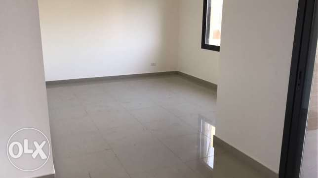 165m - 3 bedroom Apartment in Halat