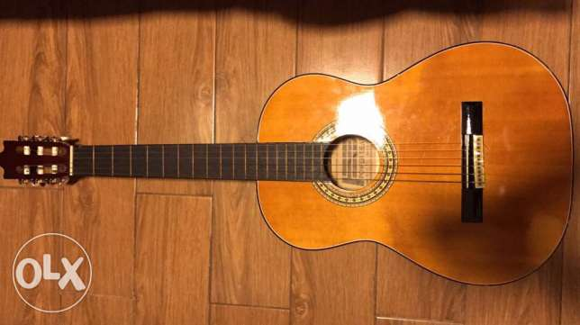 power beat guitar barely used with bag