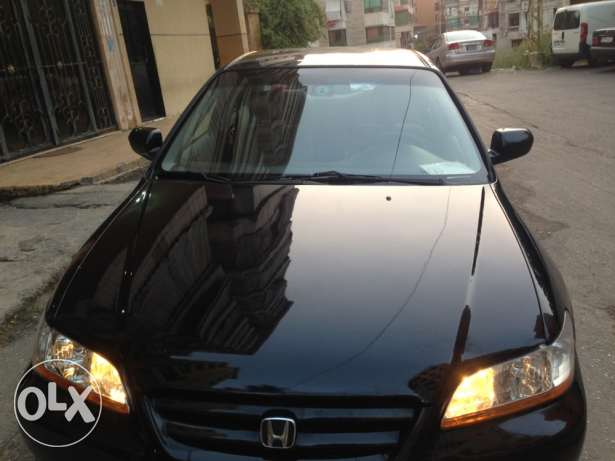 Honda Accord 2002 black good condition