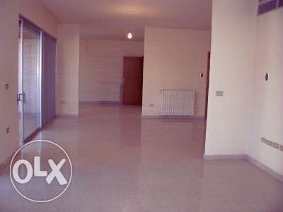 AMK152,Apatment for rent Achrafieh in a calm street , few minutes from