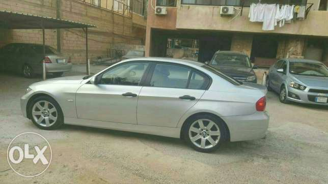Bmw 320 almanieh full options فرن الشباك -  2