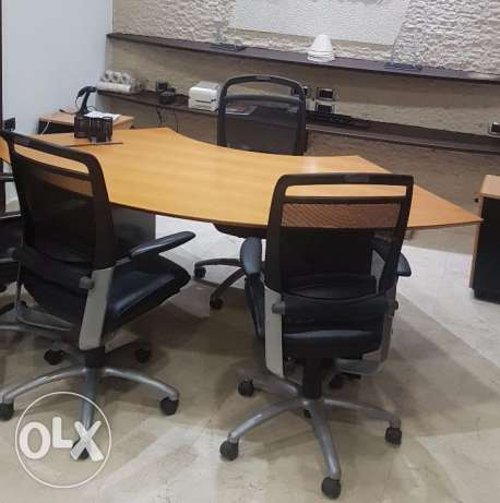 Executive Office Table + 3 Chairs + Shredder machine