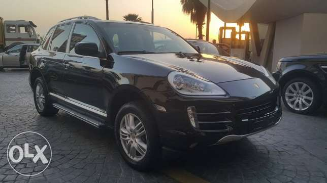 Porsche Cayenne//2008 اوروبي Full option 6 Cylinders 80 000KM only