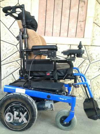 Electric wheel chair in very good conditions