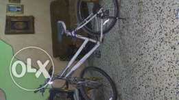 Trek Aluminum bicycle excellent condition for sale