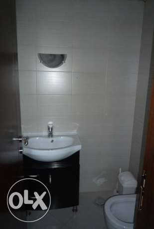 Furnished 2 bedrooms in Hamra + parking أشرفية -  6