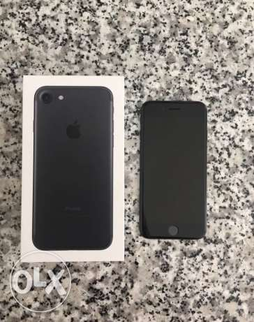 iphone 7 matte black 128gb for sale or trade