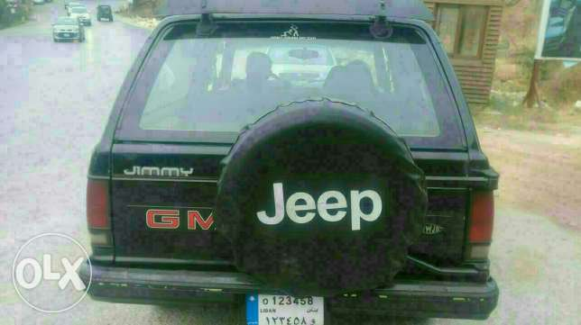 GMC JIMMY model 1988 Black motor 4.3 with special plate number عاليه -  2