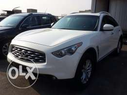 Infiniti FX 35 2009 Clean carfax Excellent condition