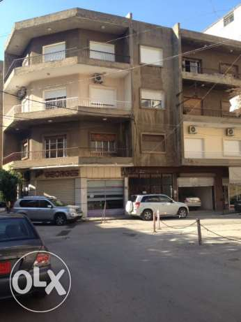 Apart. 3 bedrooms for rent in Beirut Ain El Remmaneh, Furn El Chebak