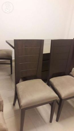 A brand new dining table with 8 chairs برج ابي حيدر -  1