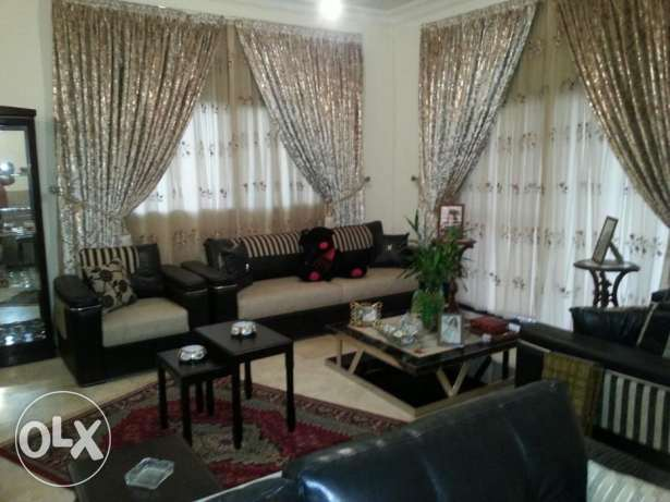 Apartment for Rent in Ain Remmaneh: 3 bedrooms (245 sqm)