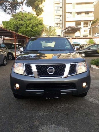 Nissan Pathfinder SE 2008 Clean title_fully loaded_camera)