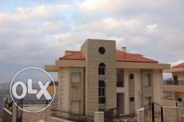 750 m BEAUTIFUL villas for sale above bhamdoun! Perfect weather!