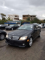 C300 ( black and black )clean car fax