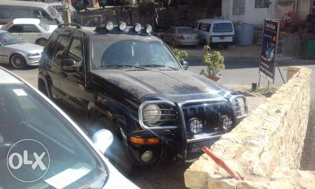 jeep liberty limited edition 2002 4x4 عاليه -  4