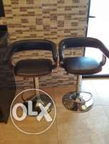 2 bar chairs for kitchen or salon