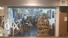Shop for rent in Sodeco, 50sqm, 1 bathroom, parking.