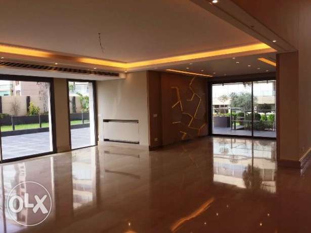 650 Sqm Super Deluxe Villa for Sale in Spinneys, Beirut