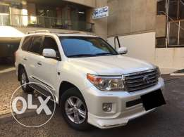 Toyota Land Cruiser VXR special edition 2015 like new