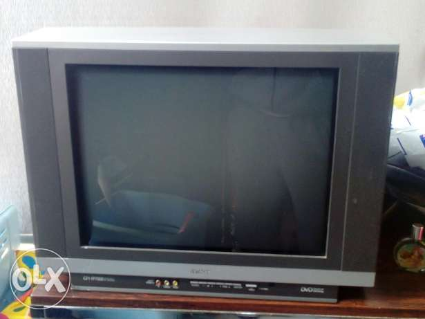 Tv hitachi for sale 21 inch mlawwan