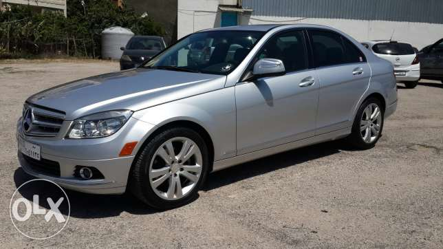 C300 low milage 2009