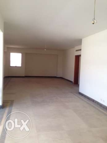 MG783, Apartment for rent in Sanayeh, 302sqm, 6th Floor.