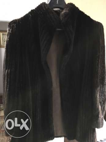 fur jacket medium size (synthetic) فرو اصطناعي