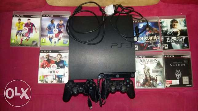 PS3 + 2 contollers + Fifa16 + Samsung DVD Player (Optional)