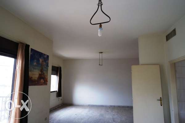 170 sqm Apartment for rent in Jdeideh 1st floor 800$ per month