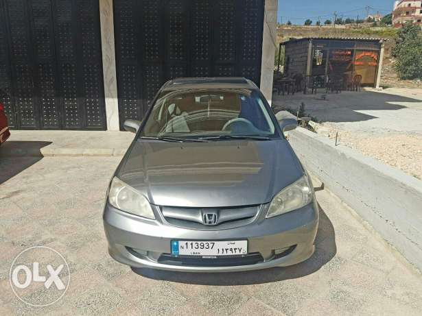 Honda civic 2004 كفر ملكي -  3